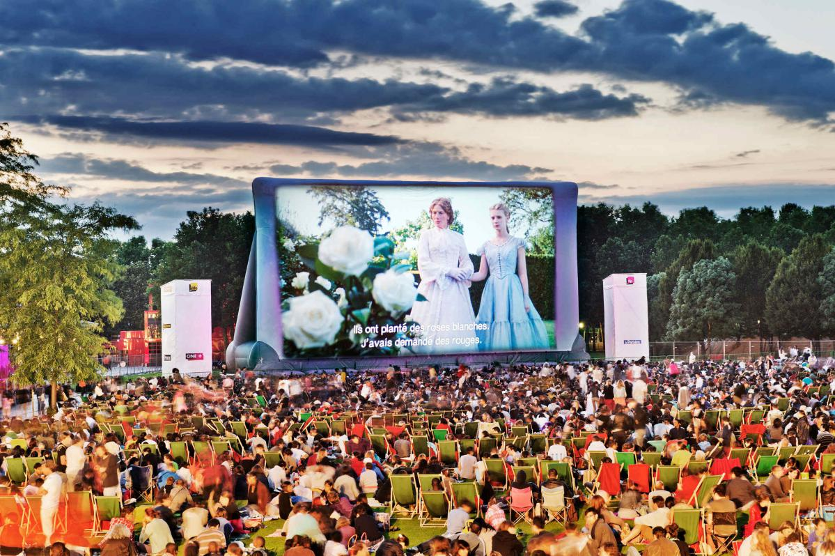 7 coolest outdoor movie theatres